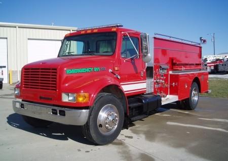 1999 IHC Small Tanker Truck