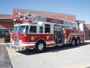 2001 Pierce Dash 105' Ladder