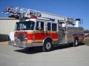 1995 Spartan LTI 75' Ladder