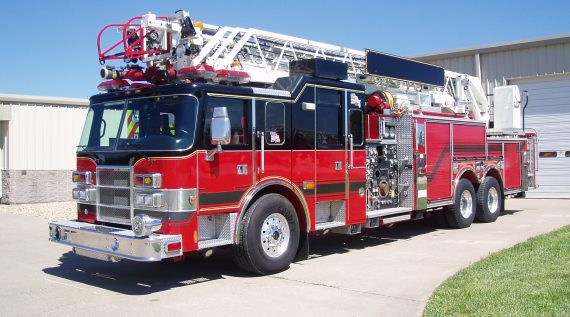 4464 - Used Ladder Truck